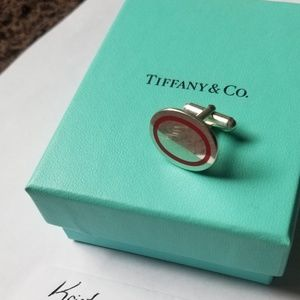 Tiffany & Co (1) cufflink